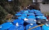 Se desconoce cuántos litros de presunto hidrocarburo se decomisaron. / Cortesía | SSPH